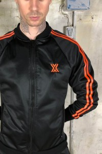 VESTE SURVETEMENT X-CLASS NOIR ET ORANGE