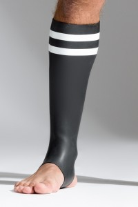 CHAUSSETTES NEOPRENE NOIRES BLANCHES